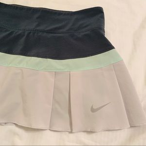 Nike dri fit aqua grey blue active skirt